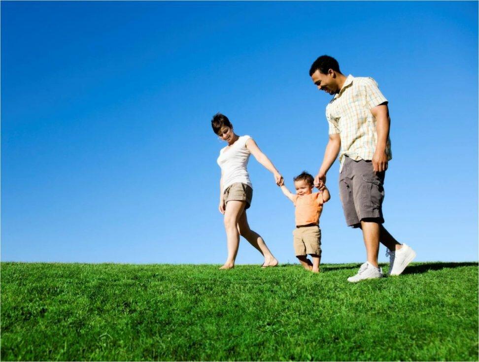 Семья - основа судьбы человека-logo